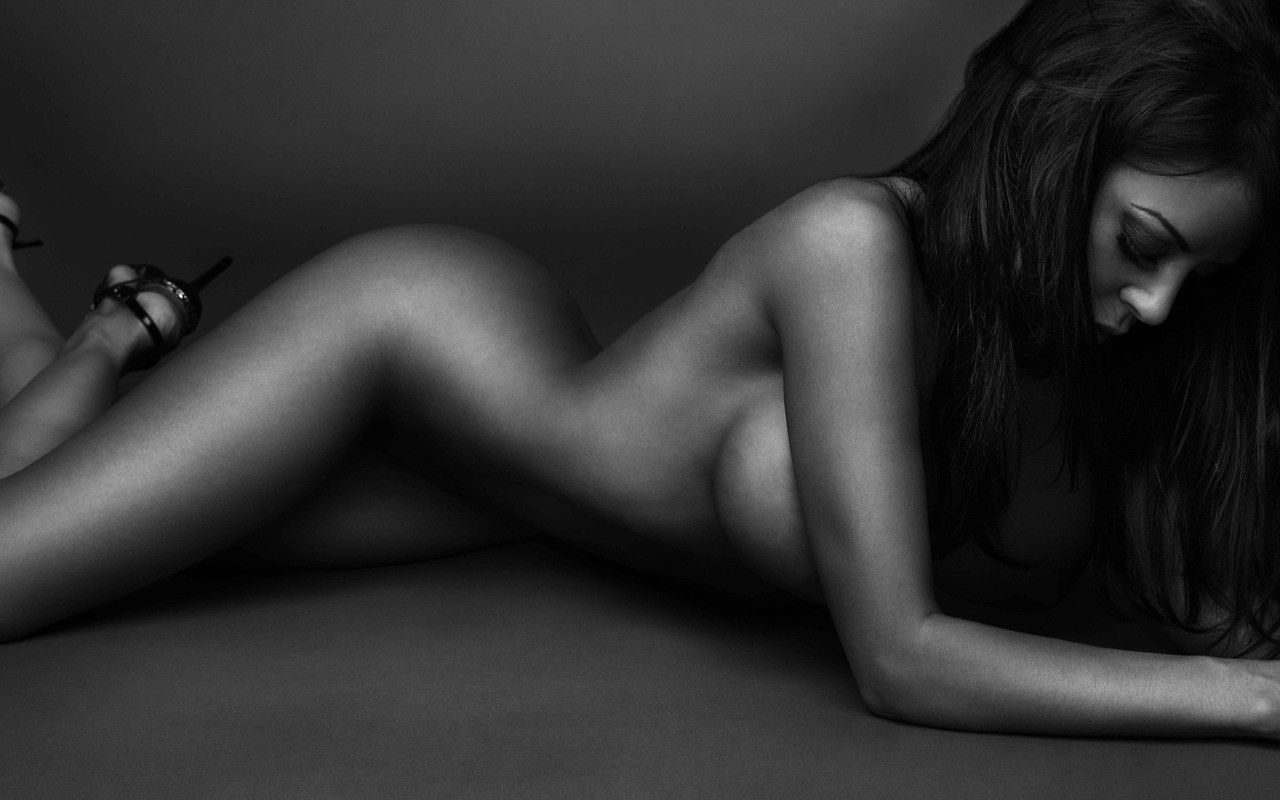 davidson-naked-women-in-bw