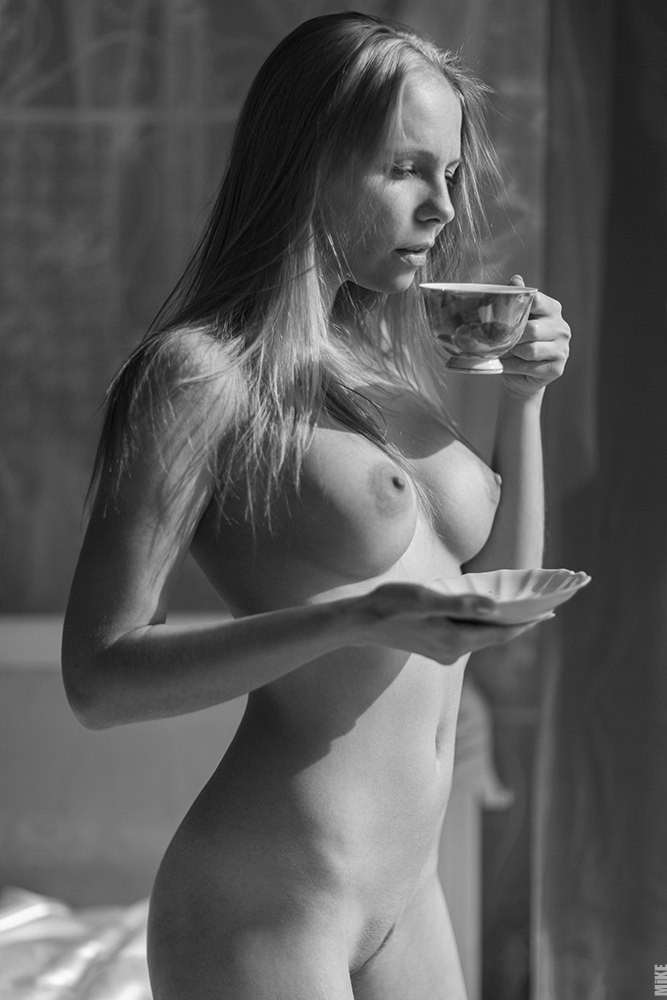 First nude coffee drinking british fee vids